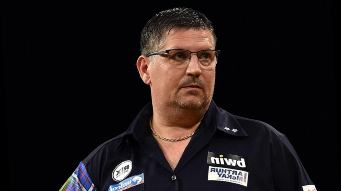 Gary Anderson pulls out of two huge darts tournaments over coronavirus fears and says 'I don't want to risk my health'