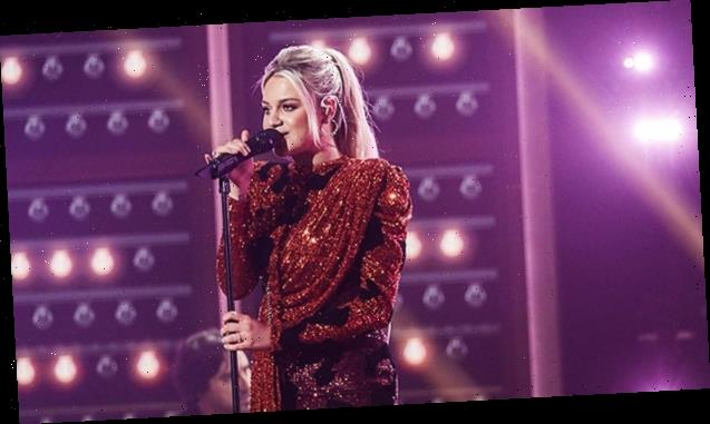 Kelsea Ballerini Slays Countryfied Version Of 'hole in the bottle' In Sequin Mini Dress