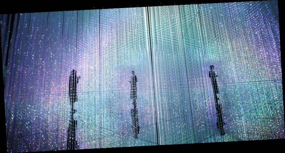 Immerse Yourself in teamLab's Three-Dimensional Light Shower