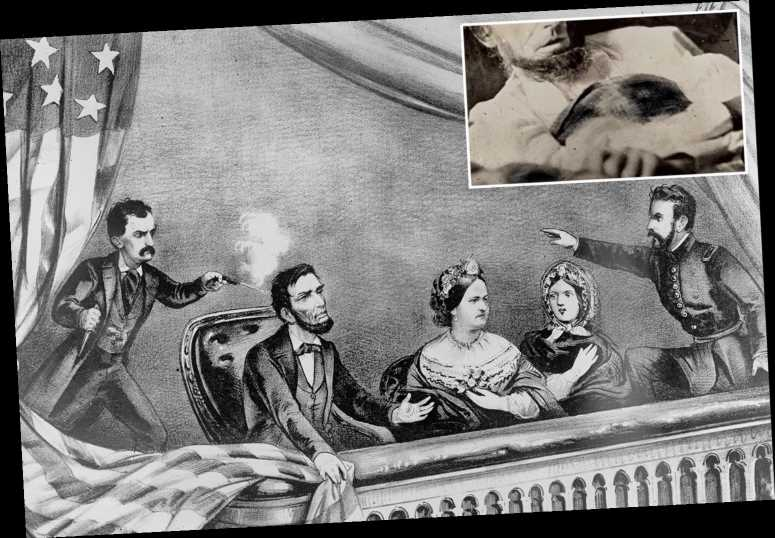 What is the Abraham Lincoln deathbed photo?