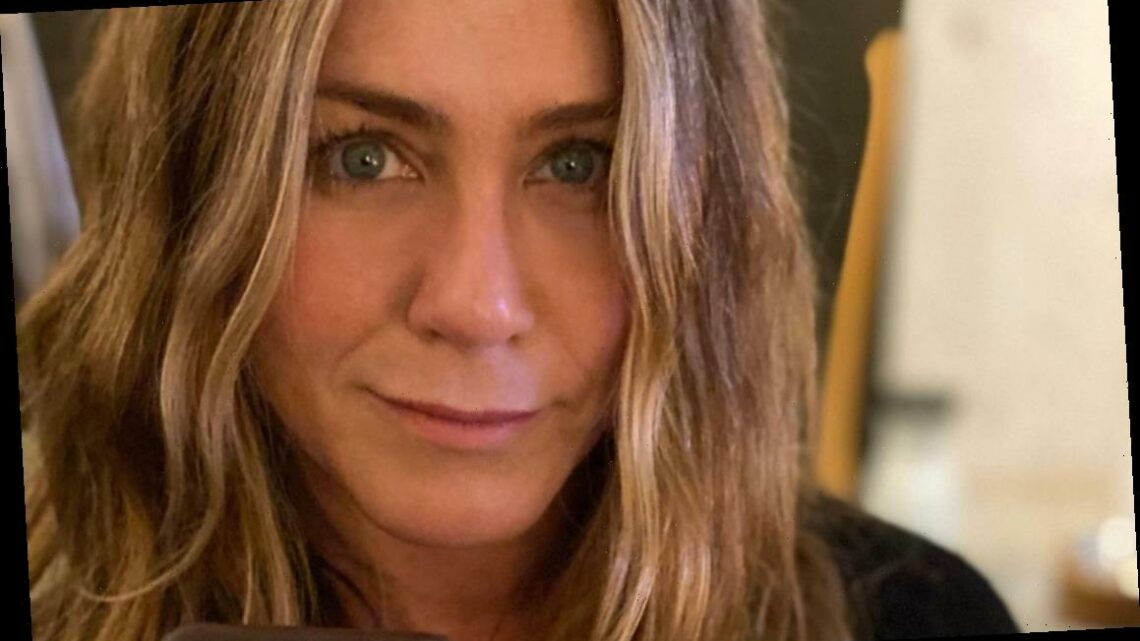 Jennifer Aniston Shares Her Voting Photos, Has a Message for People Voting for Kanye West