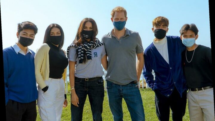 Meghan Markle Wore a T-Shirt and Face Mask in Honor of Ruth Bader Ginsburg — and They're Both from Etsy