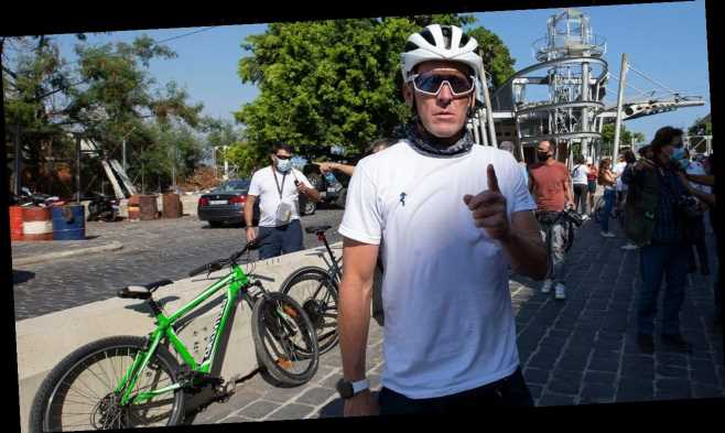 Lance Armstrong leads Beirut bike tour to help blast victims