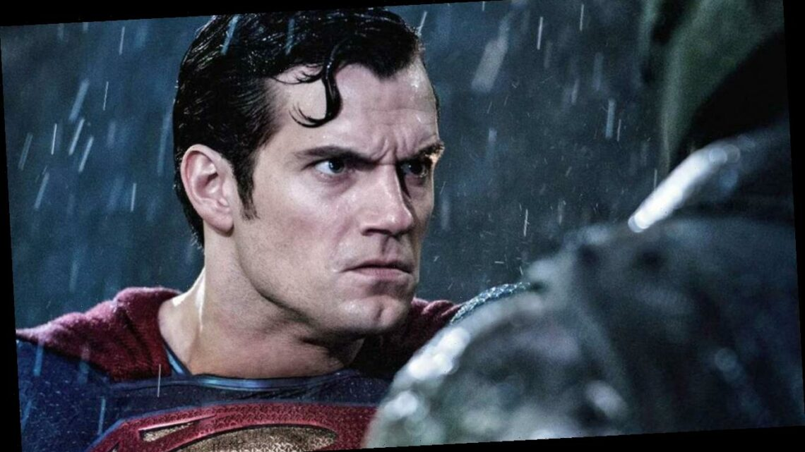 Henry Cavill Says Justice League Put Him In An Awkward Position