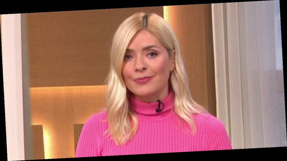 Holly Willoughby avoids talking This Morning absence during return to show