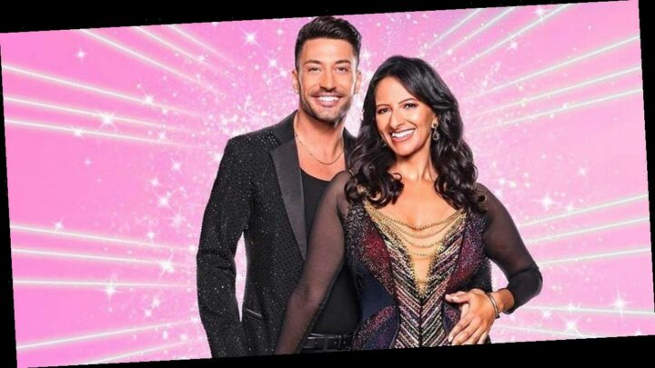 Strictly fans spot sweet moment Giovanni whispers 'well done' to Ranvir