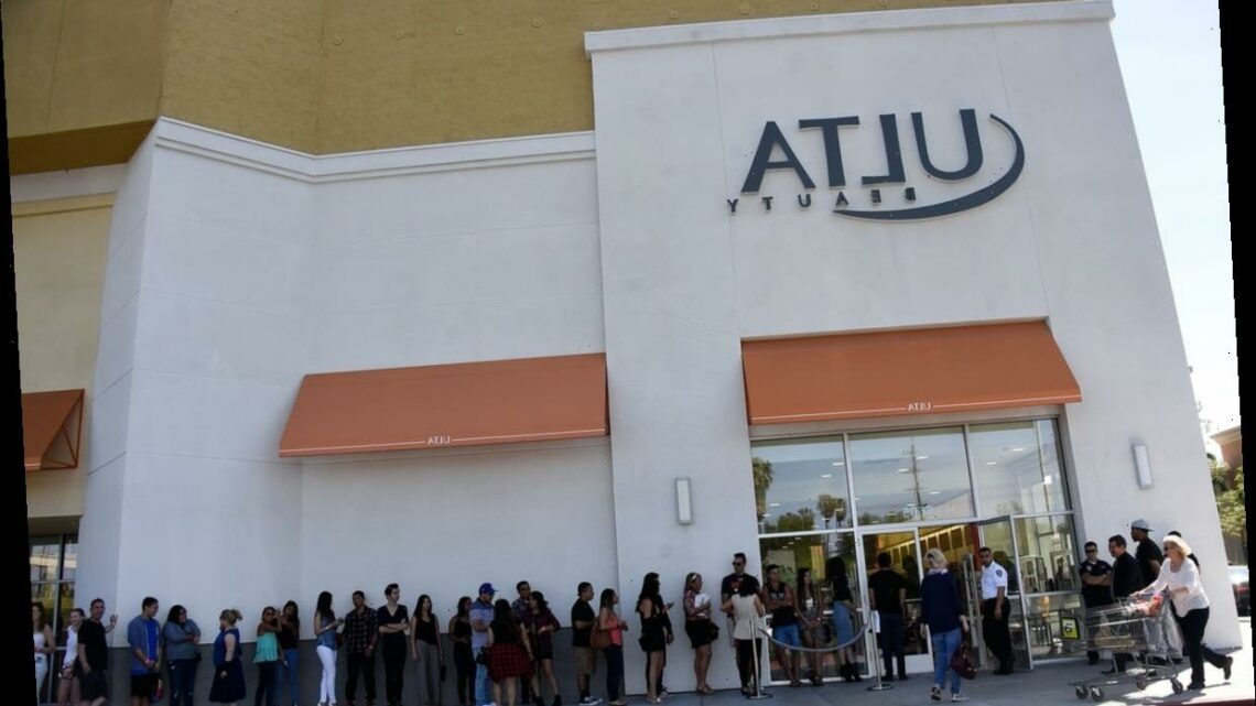 Ulta Beauty's Black Friday 2020 Sales Include $10 Mascaras & $15 Cleansers