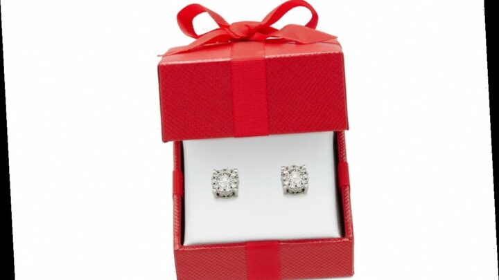 Black Friday Savings! Get These Diamond Stud Earrings for $700 Off at Macy's