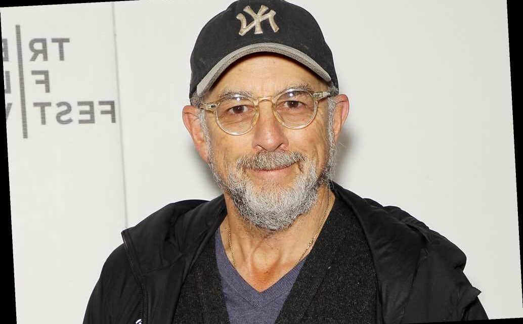 'West Wing' actor Richard Schiff warns of COVID-19 after close call