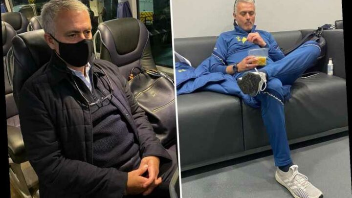 Jose Mourinho pokes fun at his own Instagram post by posing alone again after not playing 'especially well'