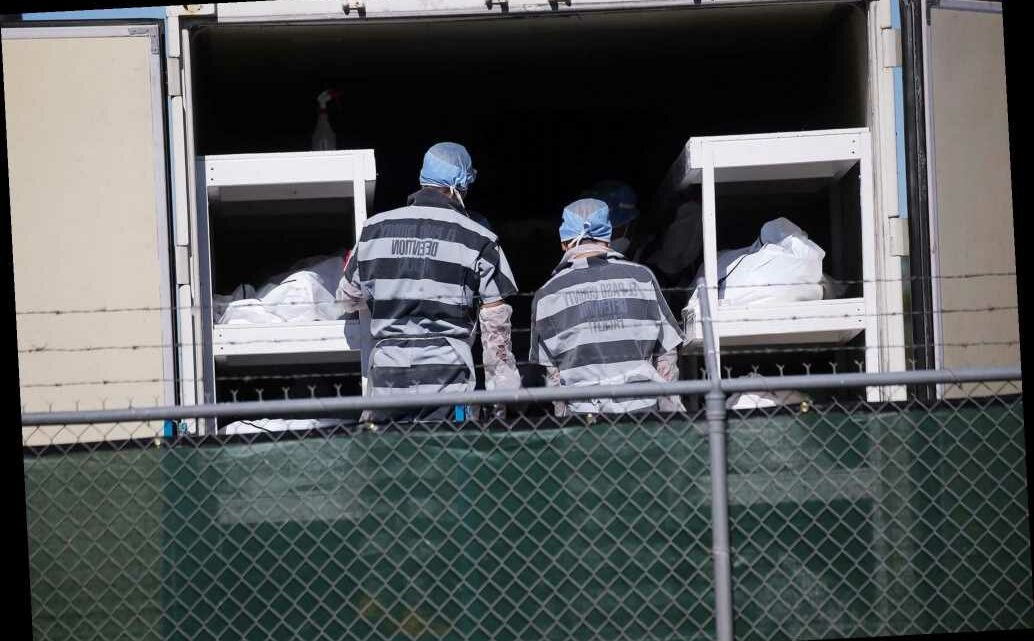 Photos show Texas inmates stacking COVID-19 dead outside overflowing morgue