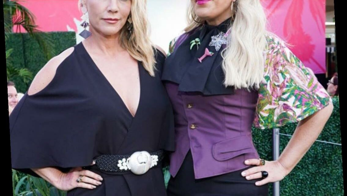 "Tori Spelling and Jennie Garth Give Updates on ""Great"" Brian Austin Green and Shannen Doherty"