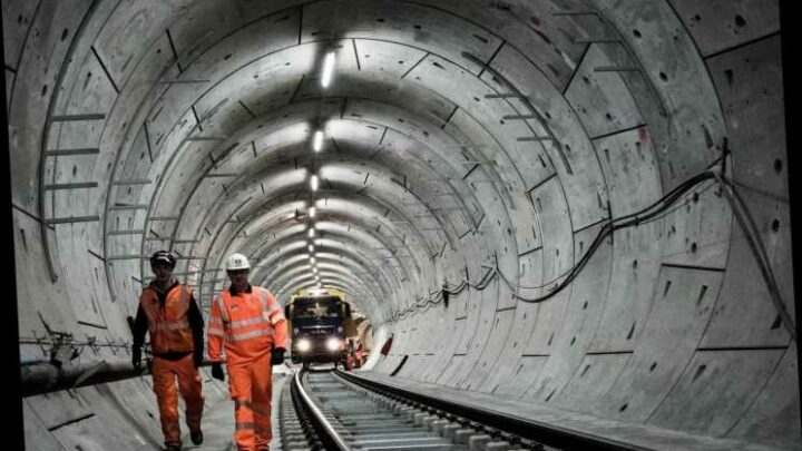 Crossrail handed £825million Government bailout in bid to get line open by next year