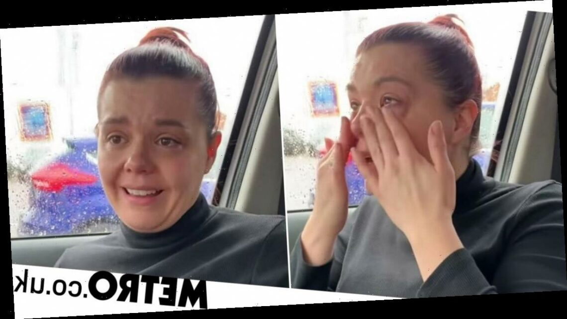 LadBaby mum breaks down in tears over moment she struggled to pay for food