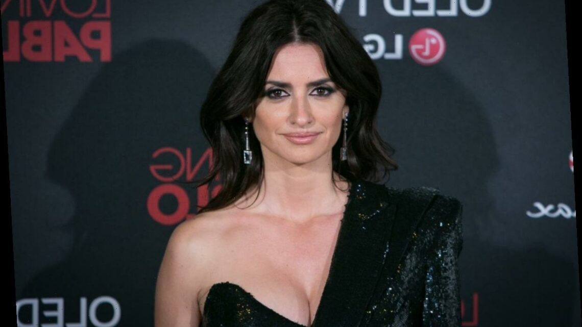 'Pirates of the Caribbean: On Stranger Tides' Came Up With a Creative Strategy for Hiding Penelope Cruz's Pregnancy