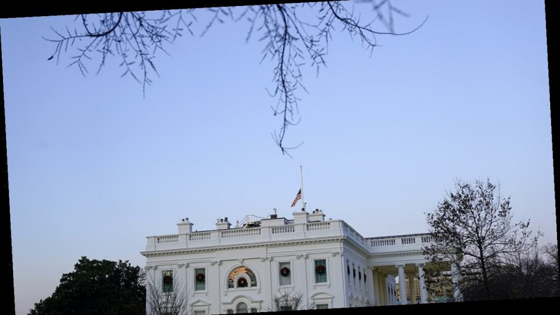 Person jumps fencing near White House, is tackled by Secret Service