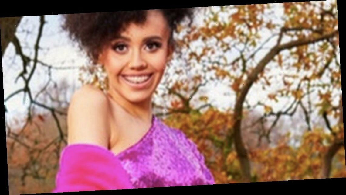 ITV2 The Cabins' Sofia is model who accidentally 'set fire' to herself on date