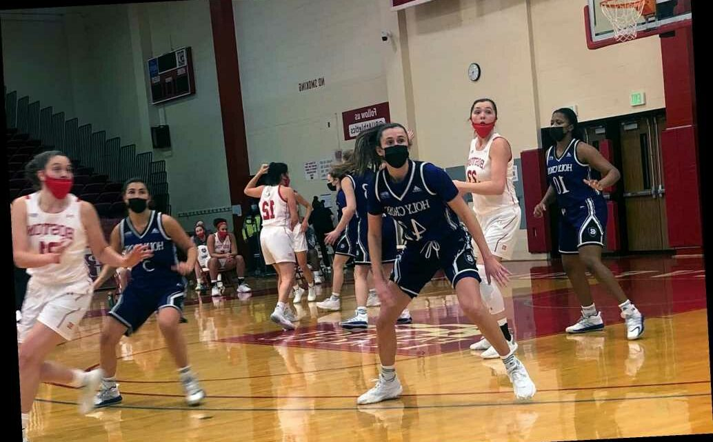 Boston University requiring basketball teams to wear masks in games