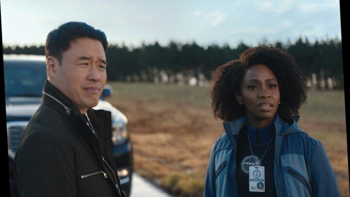 'WandaVision' Recap: Behind the Screens