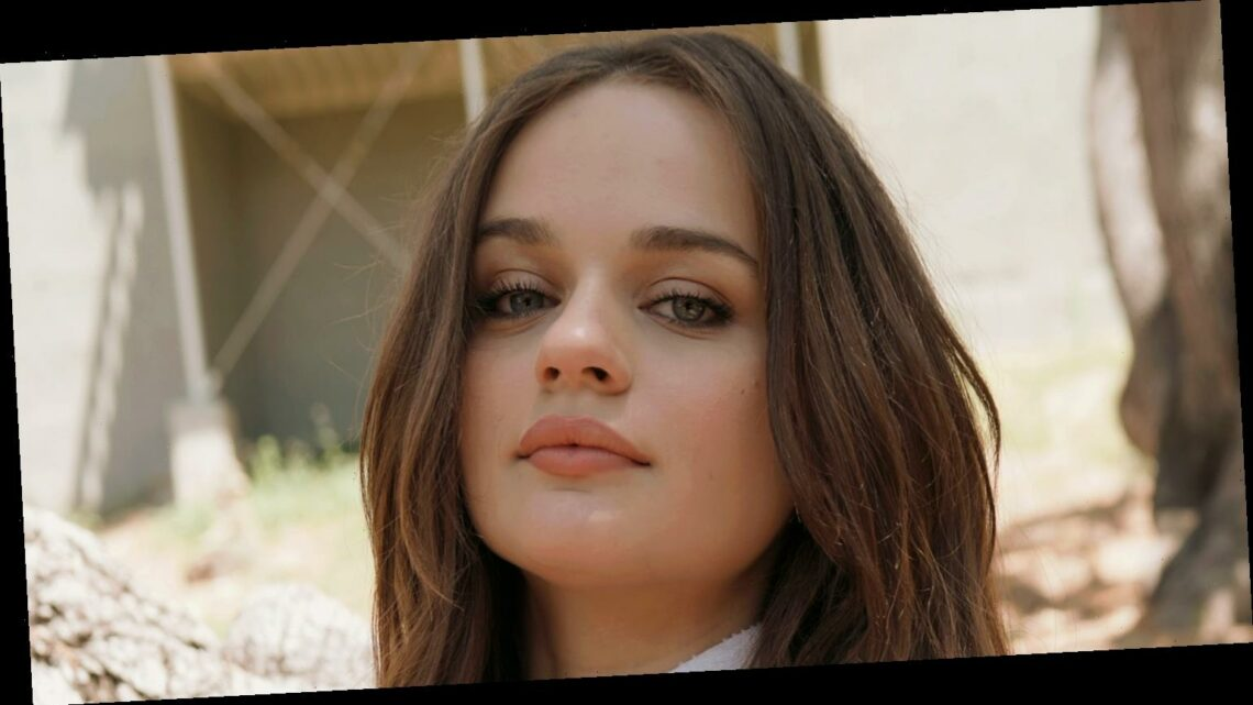 Joey King Posts First Look Photo from 'Bullet Train' Set!