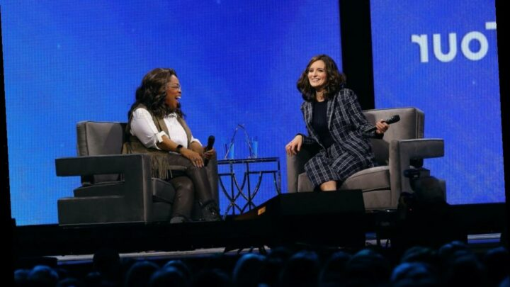 '30 Rock': Oprah Scolded Tina Fey on Set — But For a Heartwarming Reason
