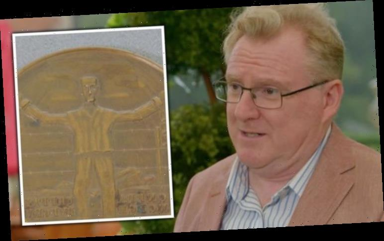 Antiques Roadshow expert details heartbreaking reason they can't valuate WW2 medal