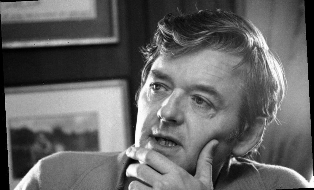Hal Holbrook Originally Turned Down One Of His Most Famous Roles: Deep Throat In 'All The President's Men'