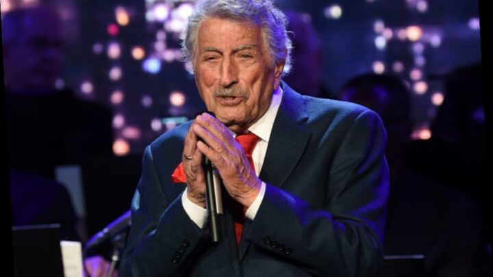 "Tony Bennett Reveals Alzheimer's Disease Battle: ""Life Is A Gift"""