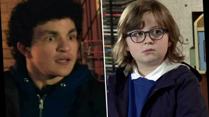 Coronation Street fans terrified for Sam as he catches Simon Barlow torturing a rival drug dealer