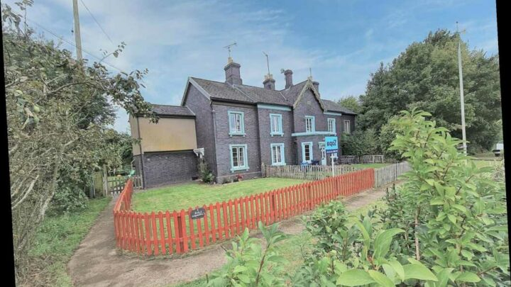 3-bed family home with beautiful views could be yours for £325k – and it has hidden feature