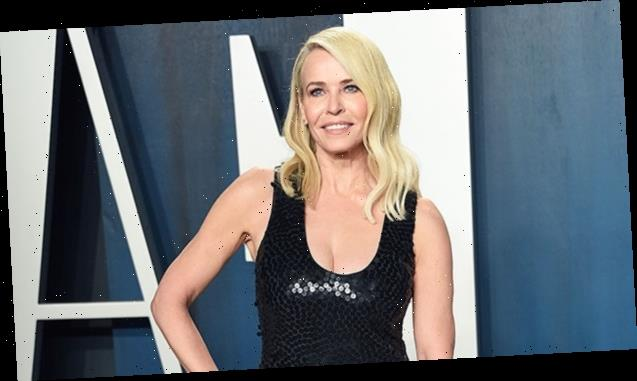 Chelsea Handler Strips Down & Covers Herself In Books While Out In The Snow To Promote Reading