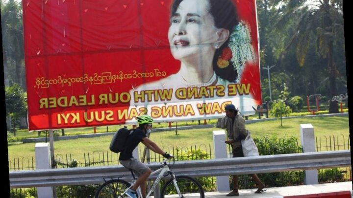 Burma's leader Aung San Suu Kyi and other officials arrested, party spokesman says