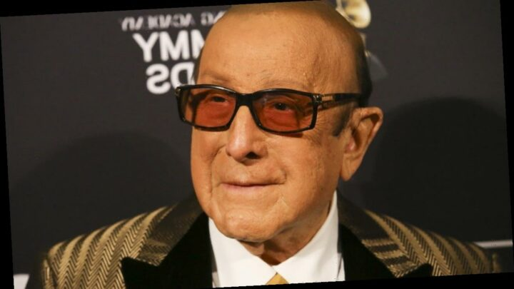 Clive Davis Diagnosed With Bell's Palsy