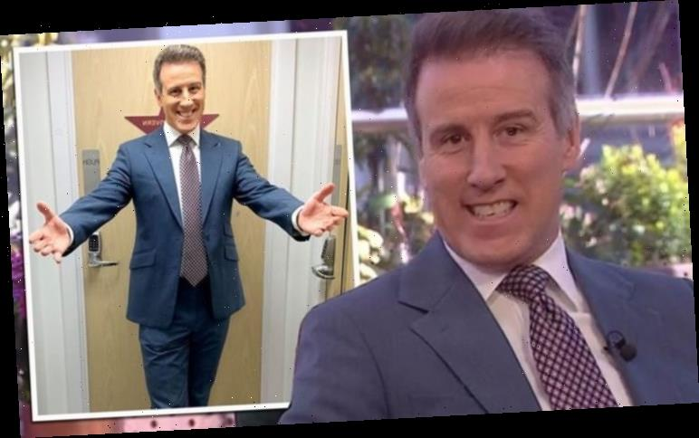 Anton Du Beke: Strictly pro struggles through Packed Lunch segment after auto-cue issue