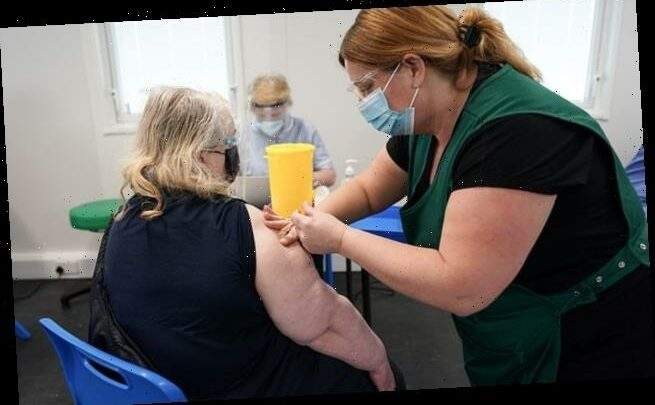 Nurses fury as they are offered 'pitiful' 1% pay rise as Covid reward