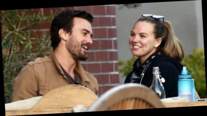Hannah Brown's Boyfriend Adam Woolard Helps Her Style Outfits: Video