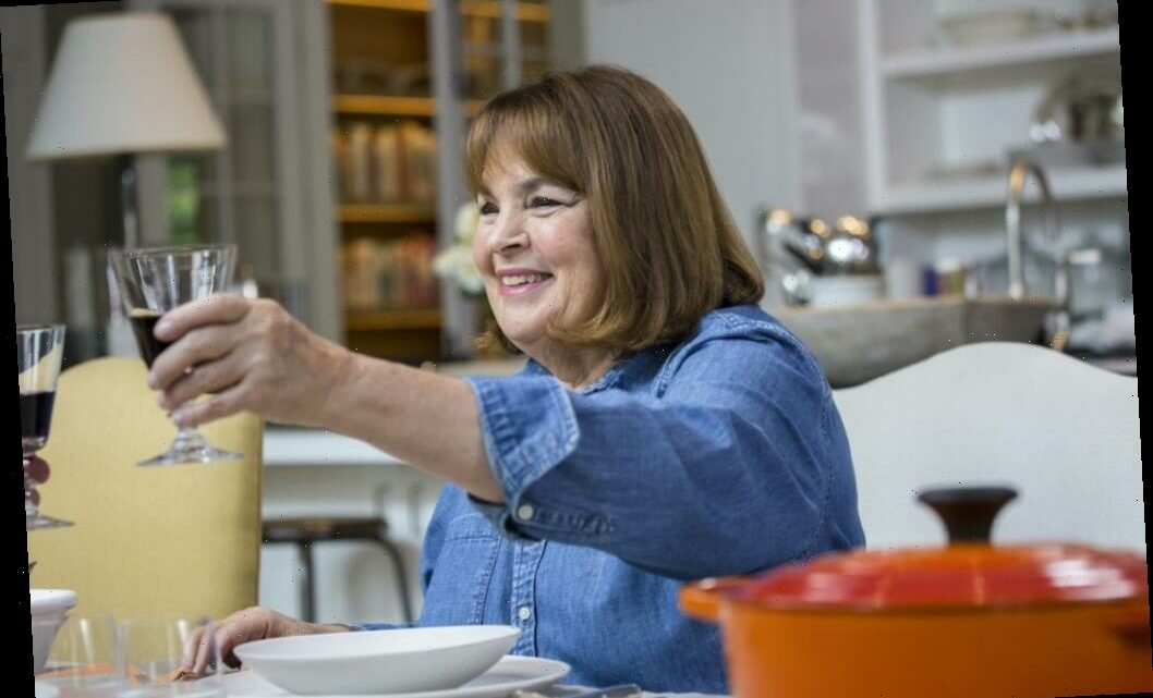 'Barefoot Contessa': Ina Garten Has 3 Secret Tricks to Hosting the Perfect Pandemic Dinner Party
