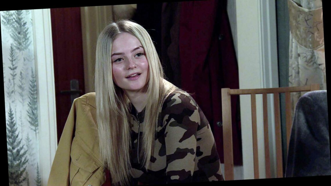 Coronation Street spoilers: Imran Habeeb and Toyah Battersby foster Kelly Neelan after overdose horror