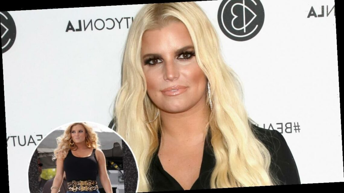 Jessica Simpson Opens Up About Being Body-Shamed For Wearing 'Mom Jeans' at 2009 Concert