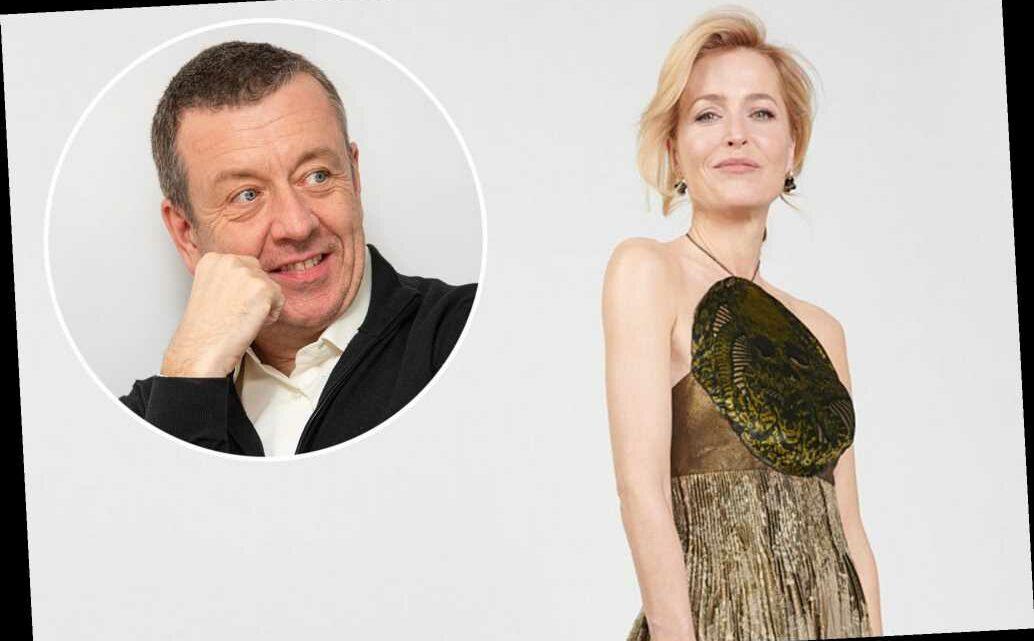 Gillian Anderson thanks Peter Morgan at Golden Globes amid reconciliation rumors