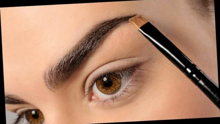 When You Fill In Your Eyebrows Every Day, This Is What Happens To Your Skin