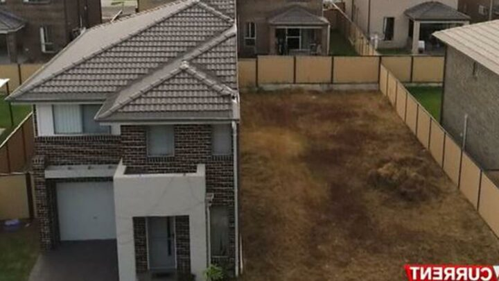 Dad's fury after paying £400,000 for a new home but Aussie builders only finished HALF
