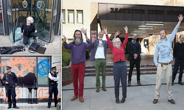 Extinction Rebellion protesters cleared of causing criminal damage