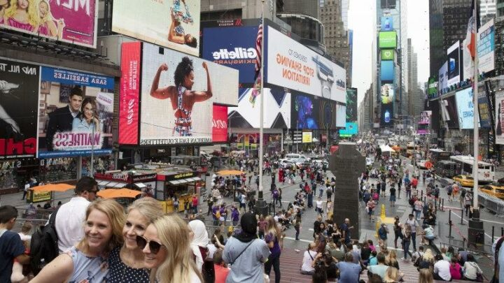 New York City mayor sets goal to 'fully reopen' on July 1 as virus eases