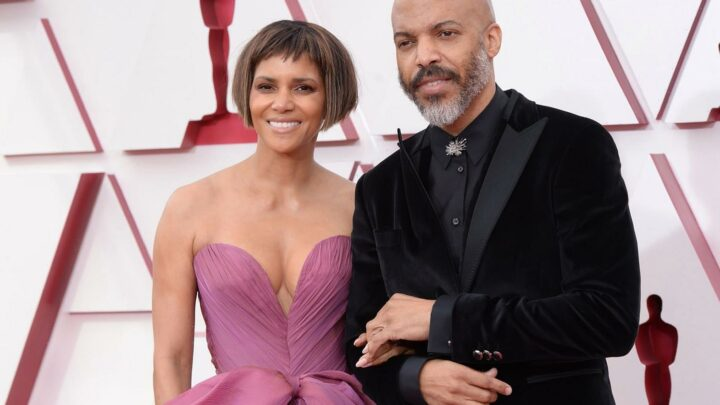 Oscars 2021 updates – Halle Berry fans gush over actress & boyfriend Van Hunt as couple looks so in love at awards