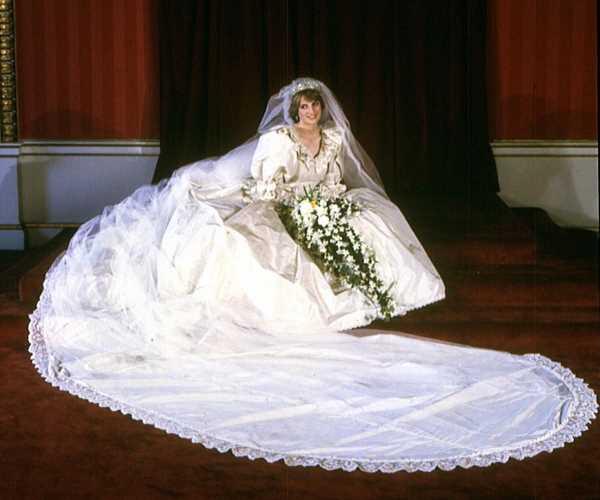 Princess Diana's Wedding Dress Is Going on Display at Kensington Palace