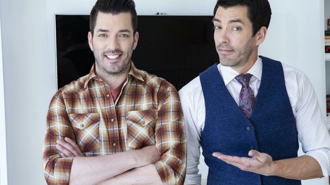 'Property Brothers' Drew and Jonathan Scott Once Revealed the Funny Way Their Mom Tells Them Apart