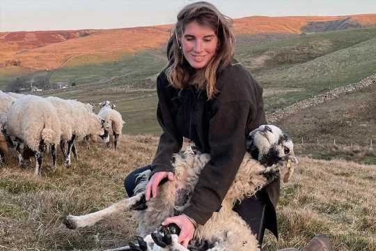 Who is Amanda Owen from Our Yorkshire Farm? – The Sun