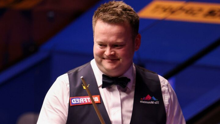 World Snooker Championship: Former winners Shaun Murphy and Mark Selby through at the Crucible