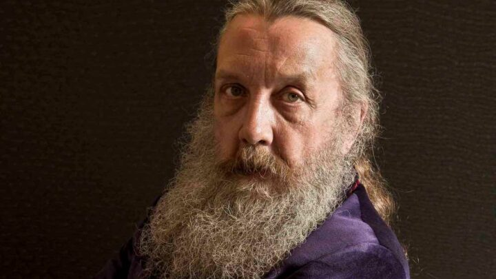 Alan Moore on new work: 'I'm bursting with fiction'